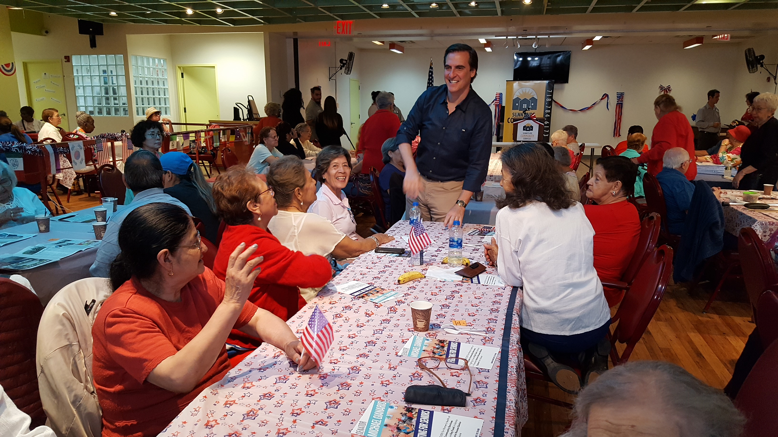 Senator Gianaris at Sunnyside Community Services, July 2019
